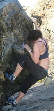 Bouldering_at_Clodgy